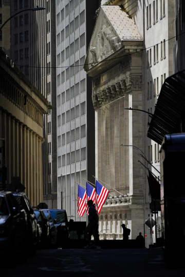 NY株続落、165ドル安 米経済対策への期待後退 画像1