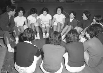 <あのころ>「東洋の魔女」誕生 バレーボール日紡が大活躍 画像1