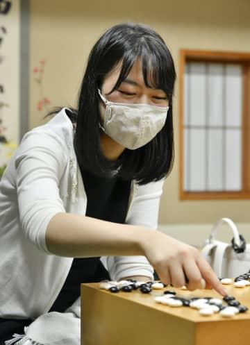 囲碁、上野が勝ちタイに 女流本因坊第2局 画像1