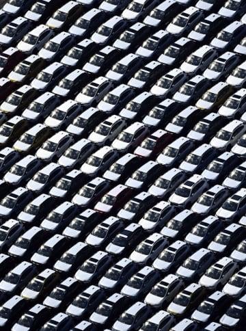 上半期の輸出、19%減少 リーマン以来、輸入は18%下げ 画像1