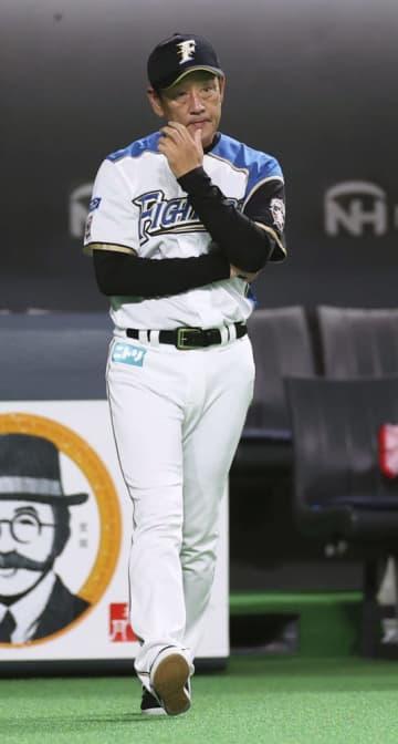 日ハム栗山監督去就はシーズン後 吉村GM「何も決まっていない」 画像1