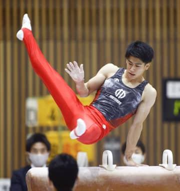 体操、橋本が個人総合初Vで4冠 全日本学生、最終日 画像1