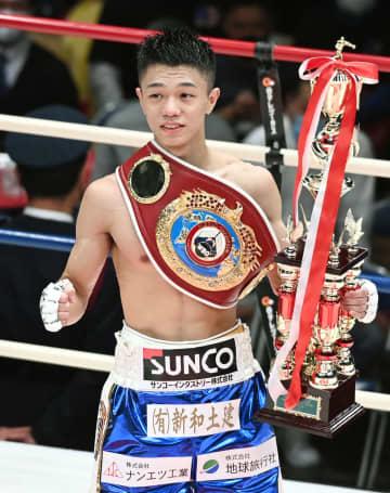 中谷潤人、8回KOで新王者 WBOフライ級決定戦 画像1