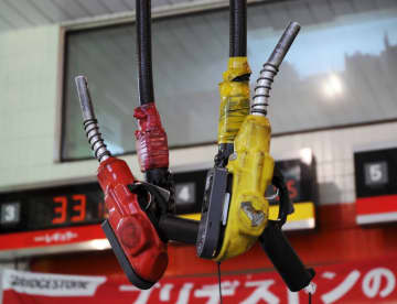 ガソリン価格、8週連続値下がり 全国平均132円90銭 画像1