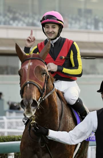 競馬、ラッキーライラックが連覇 G1のエリザベス女王杯 画像1