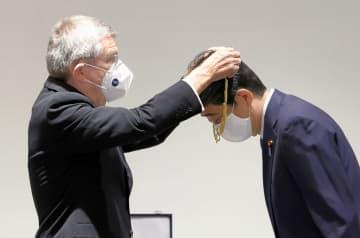 IOC、安倍前首相に功労章授与 五輪運動に貢献、歴代首相で初 画像1