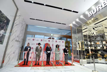 心斎橋パルコがプレ開業、大阪 式典開催、開店前に列も 画像1