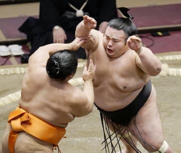 貴景勝、1敗守り単独首位 2敗に照ノ富士と志摩ノ海 画像1