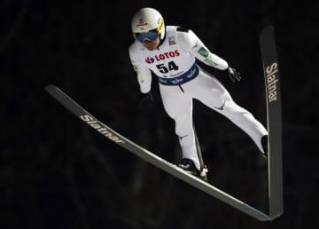佐藤幸椰ら5人が本戦進出 スキージャンプ男子W杯予選 画像1