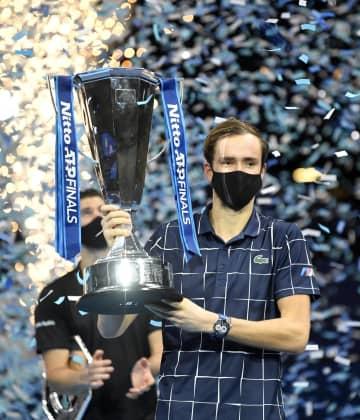 テニス、メドベージェフが初優勝 ATPファイナル 画像1