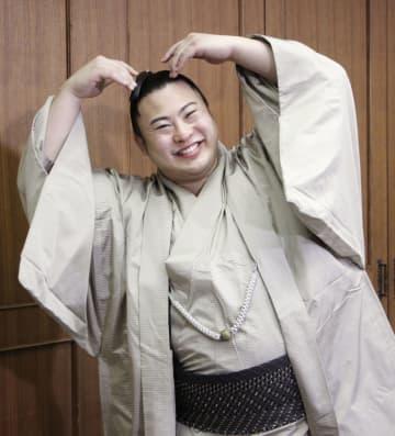翔猿が出身地の江戸川区表敬訪問 人気の小兵「三役目指す」 画像1