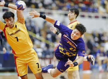 ハンド、大崎と豊田合成が決勝へ 日本選手権男子 画像1