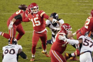 チーフスとセインツがプレーオフ NFL第13週第1日 画像1
