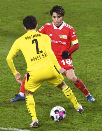 サッカー、遠藤渓は後半途中出場 ドイツ1部 画像1