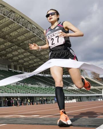 一山麻緒が3位、前田穂南は9位 山陽女子ロードのハーフマラソン 画像1