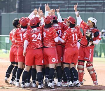 女子ソフトボール新リーグ発足へ 22年目標、地域密着図る 画像1