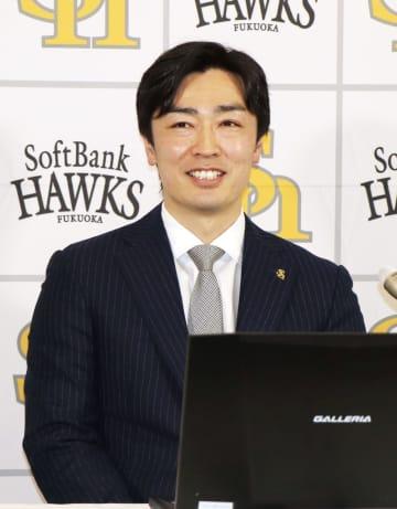 ソフトB・和田、2年契約に笑顔 5千万円増の1億5千万 画像1