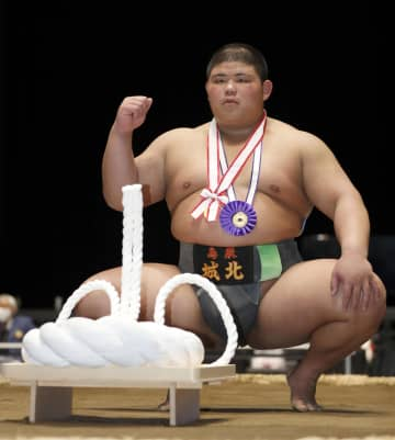 相撲、鳥取城北の落合が高校横綱 中学は富山・南星の五十嵐がV 画像1