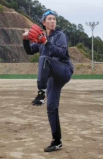 巨人戸郷「もう一段階飛びたい」 宮崎・延岡の母校で練習 画像1