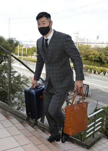阪神ドラフト1位佐藤輝明が入寮 「超一流の選手に」 画像1