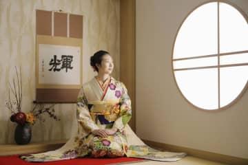 池江選手「強い人間に」 成人の日迎え抱負、振り袖姿公開 画像1