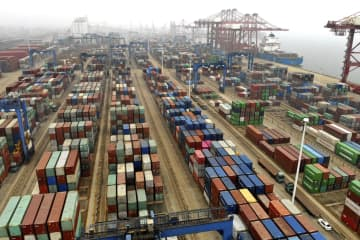 中国、20年の輸出3.6%増 コロナ停滞から後半回復 画像1