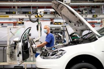 欧州新車、7年ぶりマイナス コロナ影響、減少幅は最大 画像1