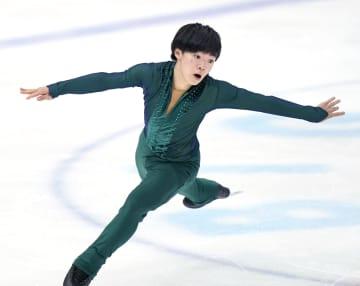 高校フィギュア、男子は鍵山がV スケート選手権第3日 画像1