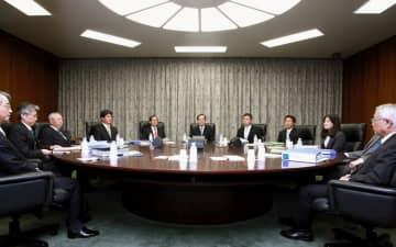 日銀、金融緩和「国民の負担に」 10年7~12月議事録を公表 画像1