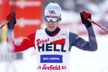 スキーW杯複合、渡部暁斗は3位 個人第11戦、4戦連続の表彰台 画像1