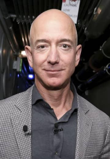 アマゾン創業者のCEO退任 ベゾス氏、一代で巨大IT築く 画像1