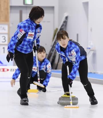 女子はロコ、中部電力が3連勝 カーリング日本選手権 画像1