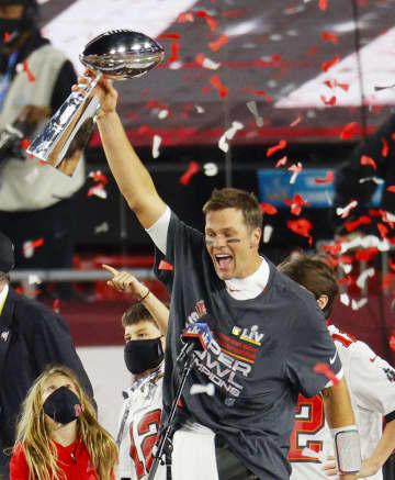 NFL制覇のブレイディ膝手術へ バッカニアーズのQB 画像1