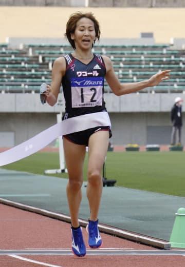ハーフマラソン、安藤友香が優勝 全日本実業団女子 画像1