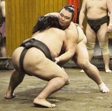 朝乃山「幅広げないと」と貪欲 春場所に向け幕下以下と相撲 画像1