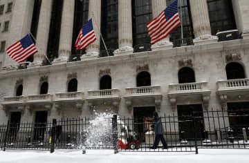 NY株反落、119ドル安 米雇用改善遅れが重し 画像1