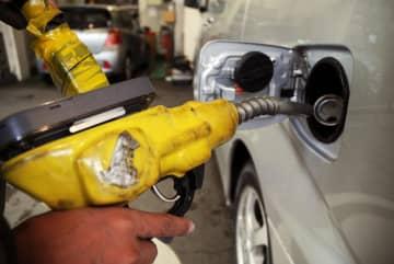 ガソリン13週連続値上がり 全国平均143円10銭 画像1