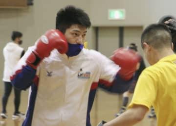 ライトヘビー級の梅村「悔しい」 ボクシング五輪予選中止 画像1