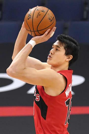 渡辺雄太、4試合ぶり出場4得点 NBA、ラプターズ勝利 画像1