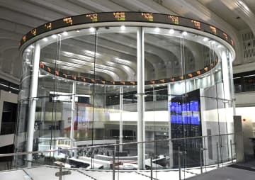 東証続落、65円安 米長期金利の上昇を警戒 画像1
