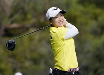西郷と森田が首位、渋野5位 女子ゴルフ第2日 画像1
