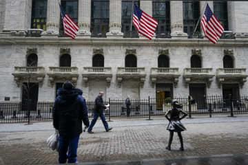 NY株反発、572ドル高 米雇用情勢改善が支え 画像1