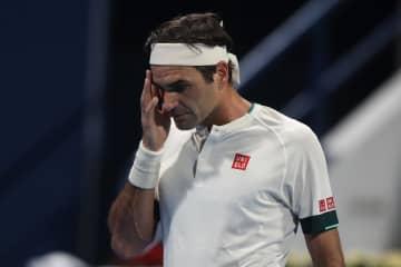 フェデラーは準々決勝で敗退 テニス、カタール・オープン 画像1