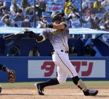 ヤ6―9神(16日) 阪神の佐藤輝明、5号本塁打 画像1