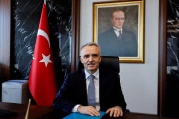 トルコ中銀総裁また解任 大統領令、利上げに反発 画像1