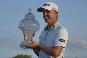 小平智が36位、ジョーンズ優勝 米男子ゴルフ最終日 画像1