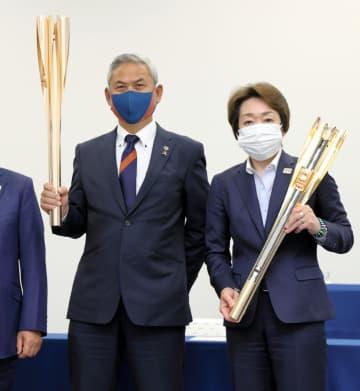佐々木則夫氏、五輪成功へ意欲 聖火リレーの第1走者 画像1