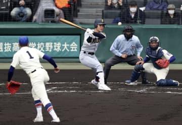神戸国際大付5―13仙台育英 仙台育英が14安打で快勝 画像1