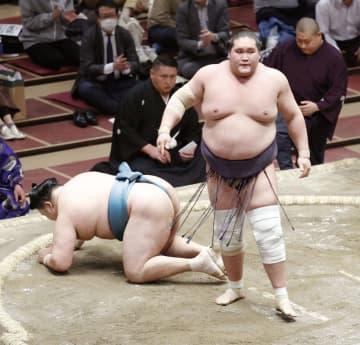 関脇照ノ富士、大関復帰へ前進 9勝目で計33勝、目安に到達 画像1