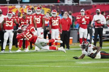 米NFL、17試合制に変更 1試合増やす 画像1
